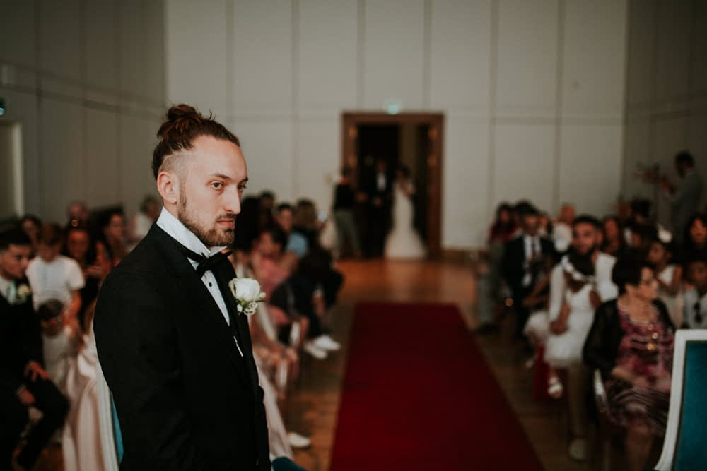 entrée marié mairie montellimar mariage